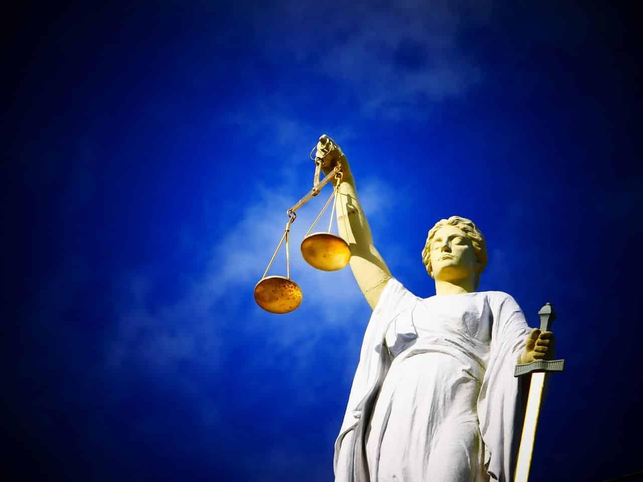 Urteil freiberufliche Pflegekräfte schockiert Honorarkräfte in der Pflege
